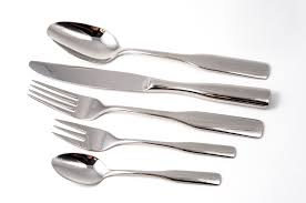 stainless-steel-passivation-cutlery